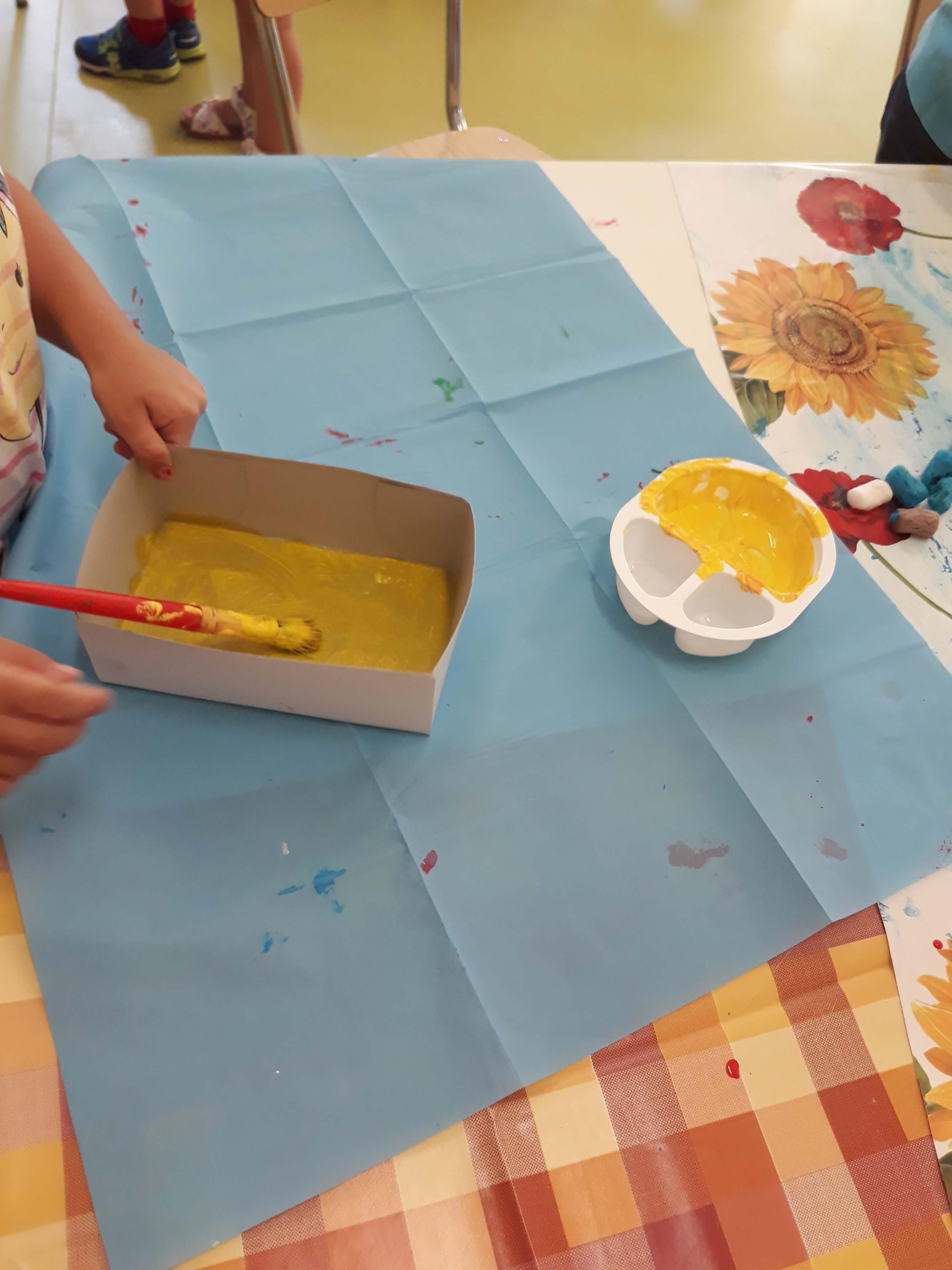 Riciclino alla Scuola dell'Infanzia Buzzoni - Scuola Materna Peschiera Borromeo